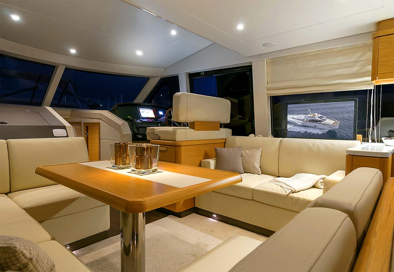 interno Greenline Hybrid 48 Fly