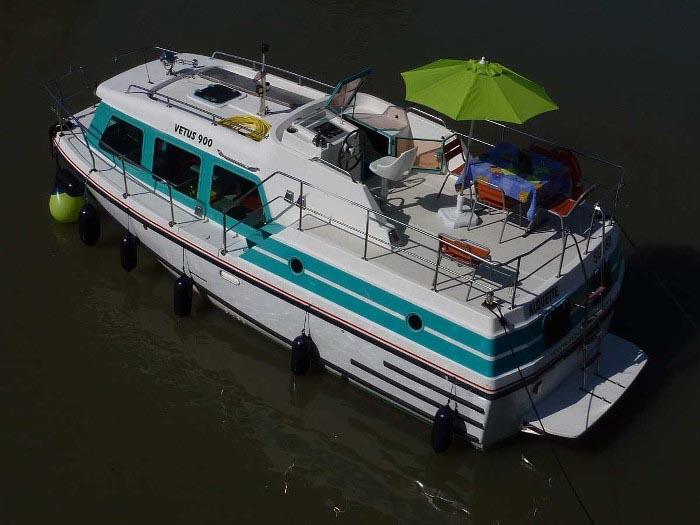 location bateau Vetus 900 Duo