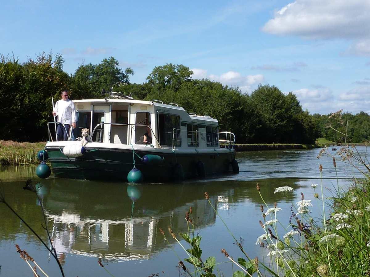 location bateau Eau Claire 930R