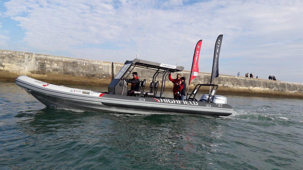 location bateau Highfield Patrol 860 Sar
