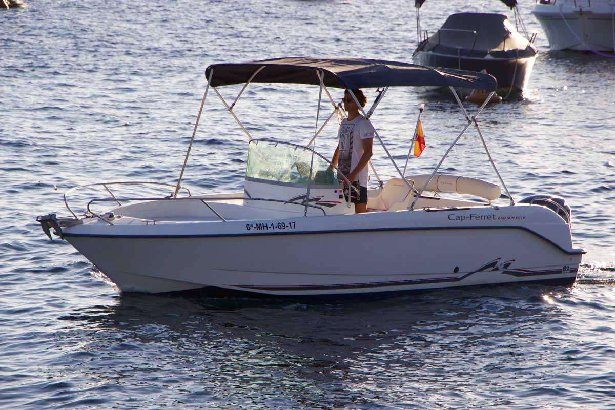 location bateau Cap Ferret 650 Open