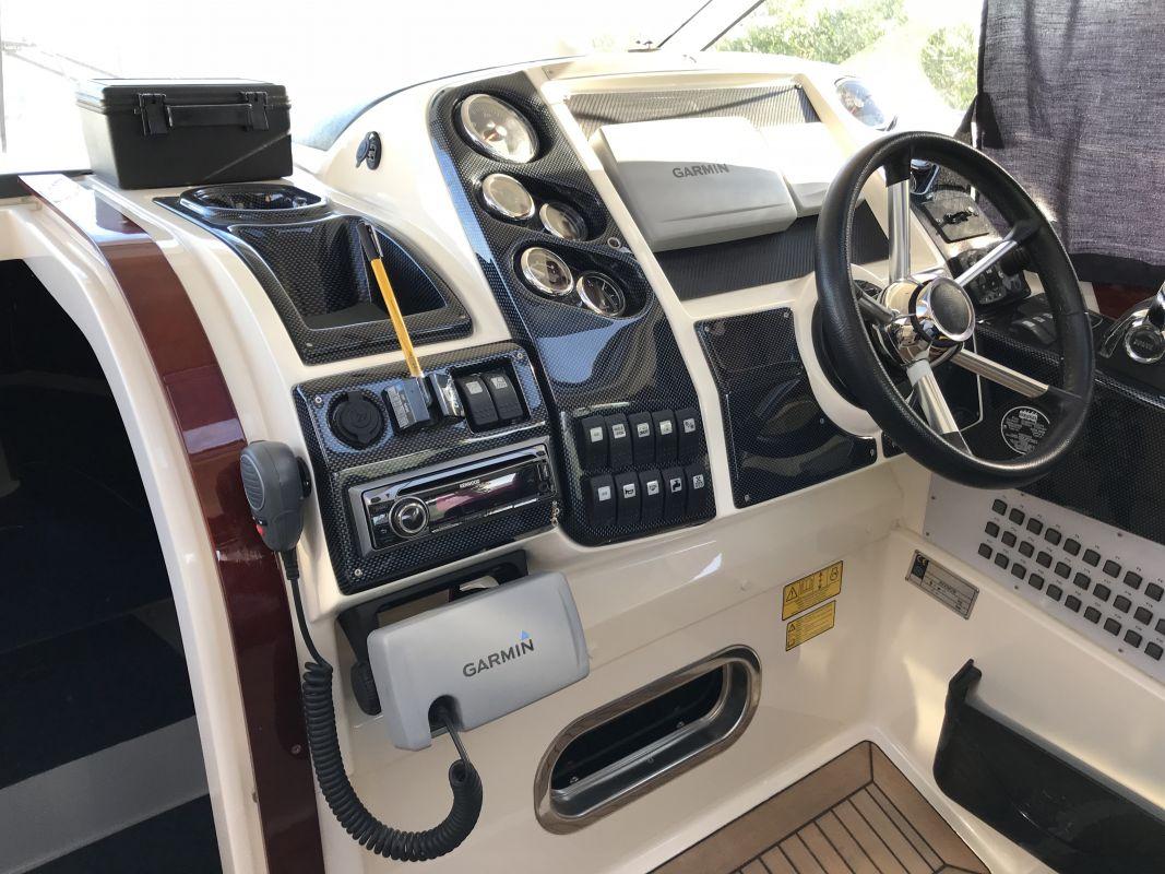 inside Aquador 28 HT