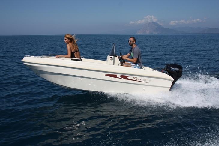 location bateau Karel 400