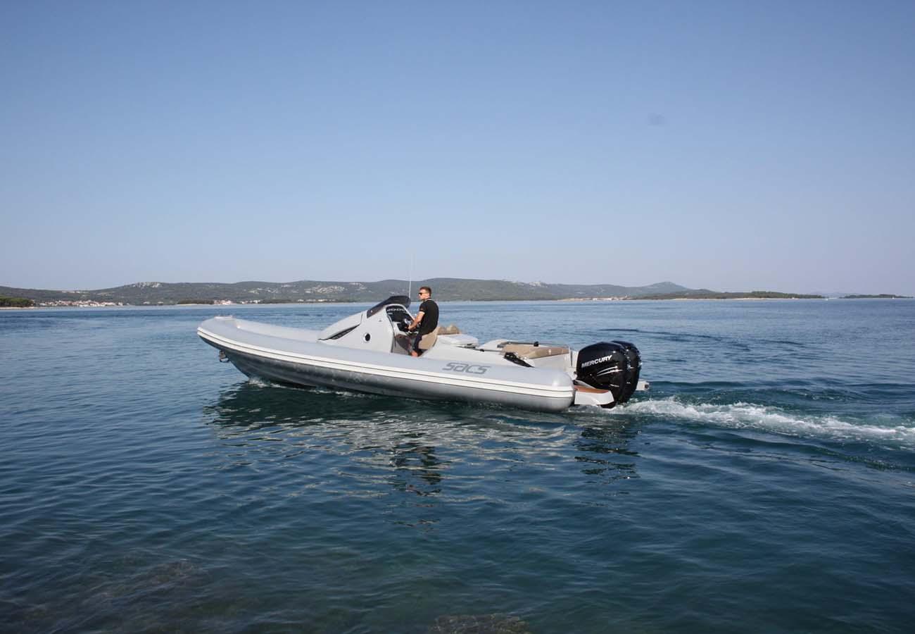 location bateau Sacs Strider 10