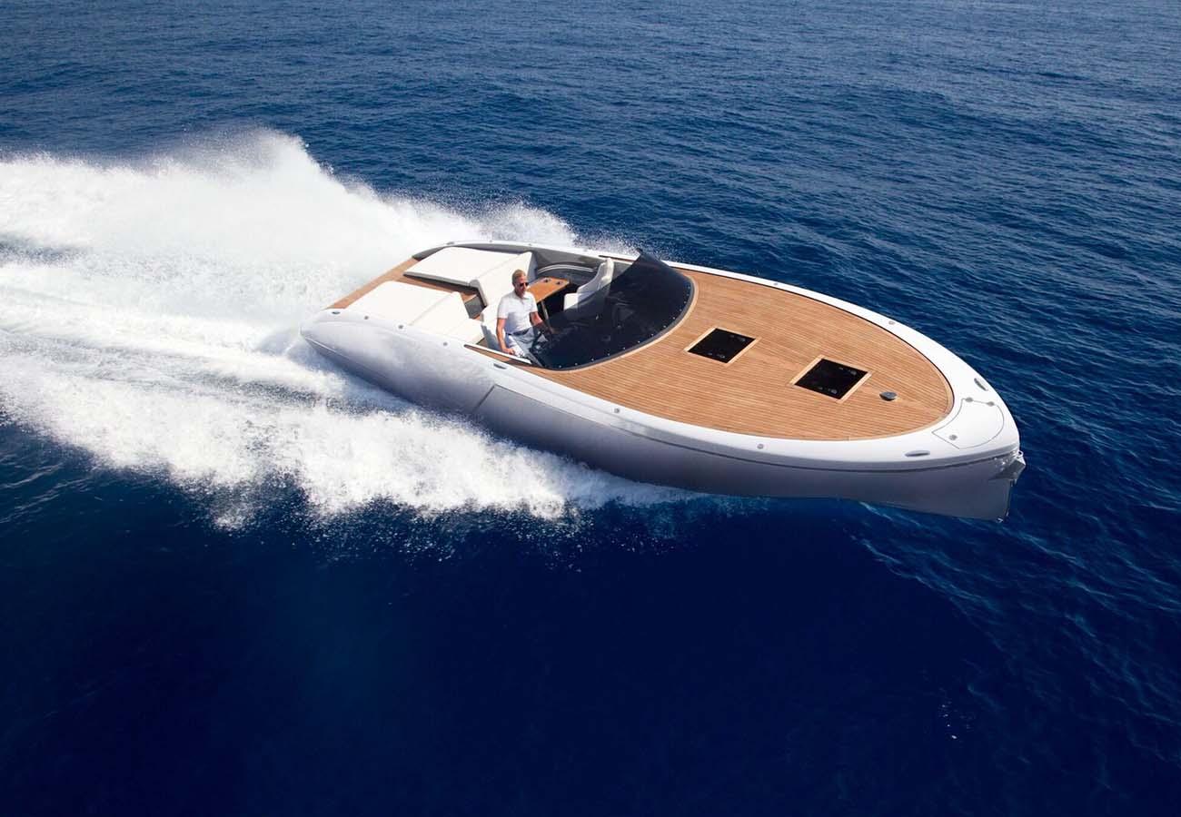 location bateau Frauscher 1017 GT