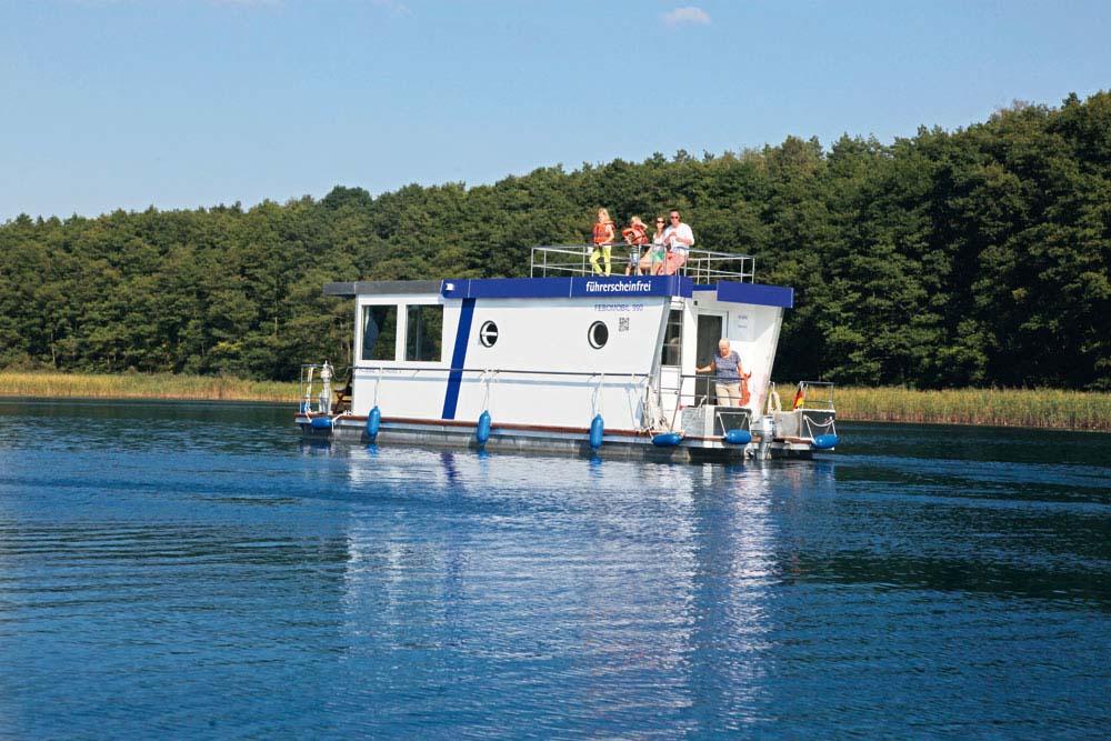 location bateau Febomobil 990