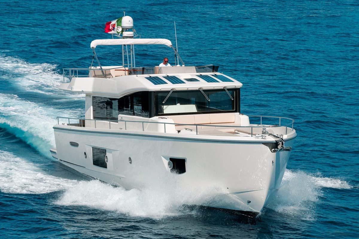 location bateau Cranchi T53