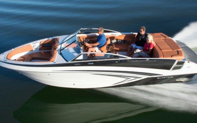 location bateau Glastron GT 245