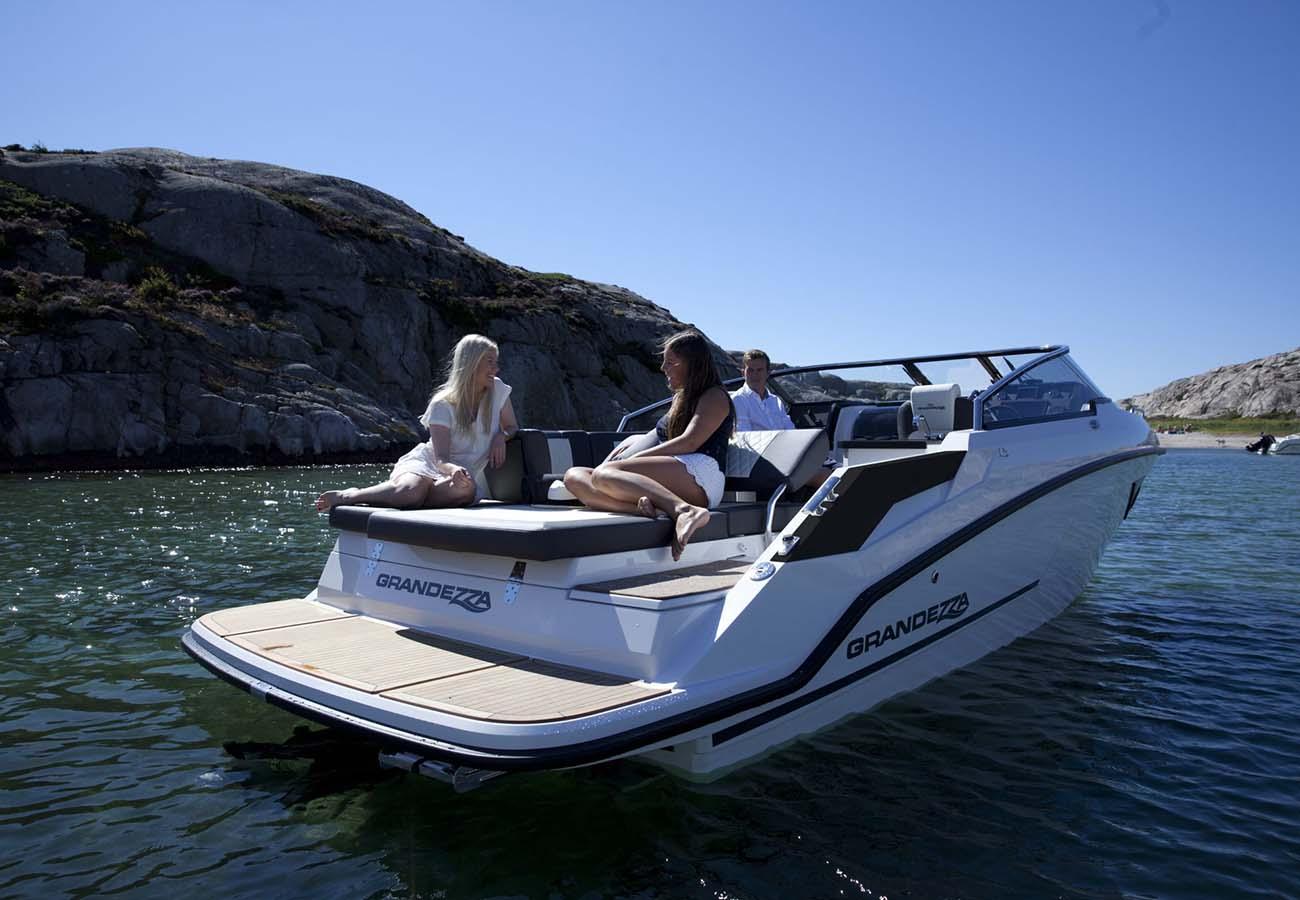 location bateau Grandezza 25s