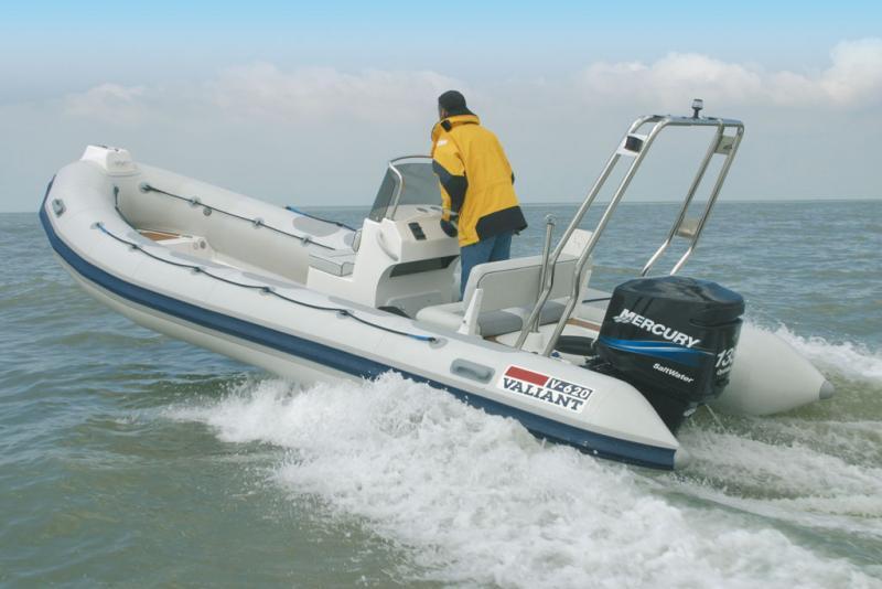 location bateau Valiant 620
