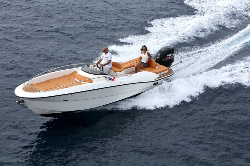 location bateau Libra Open