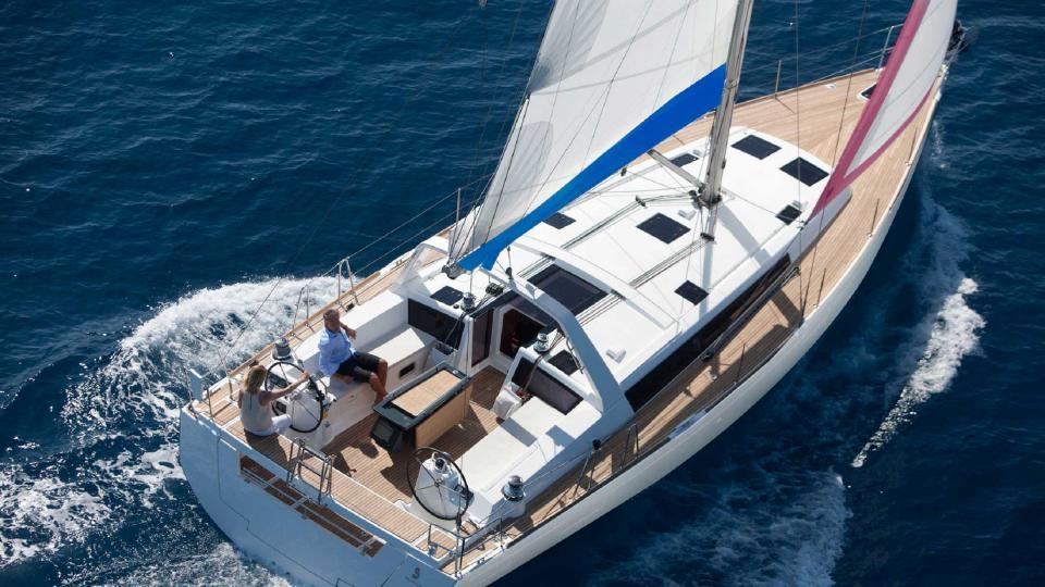 location bateau Sunsail Oceanis 48