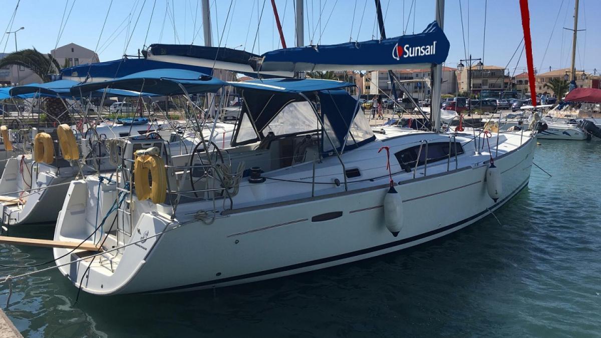 location bateau Sunsail Oceanis 43