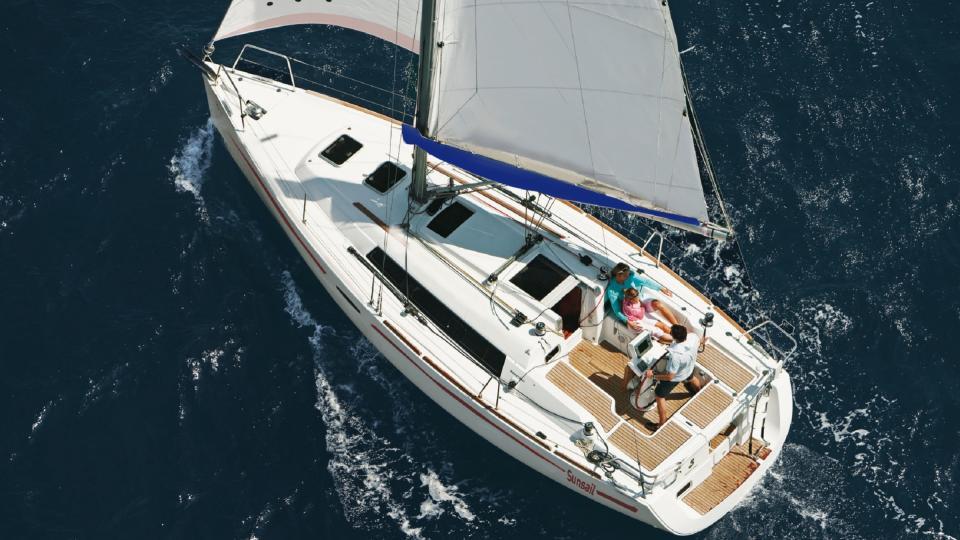 location bateau Sunsail Oceanis 31