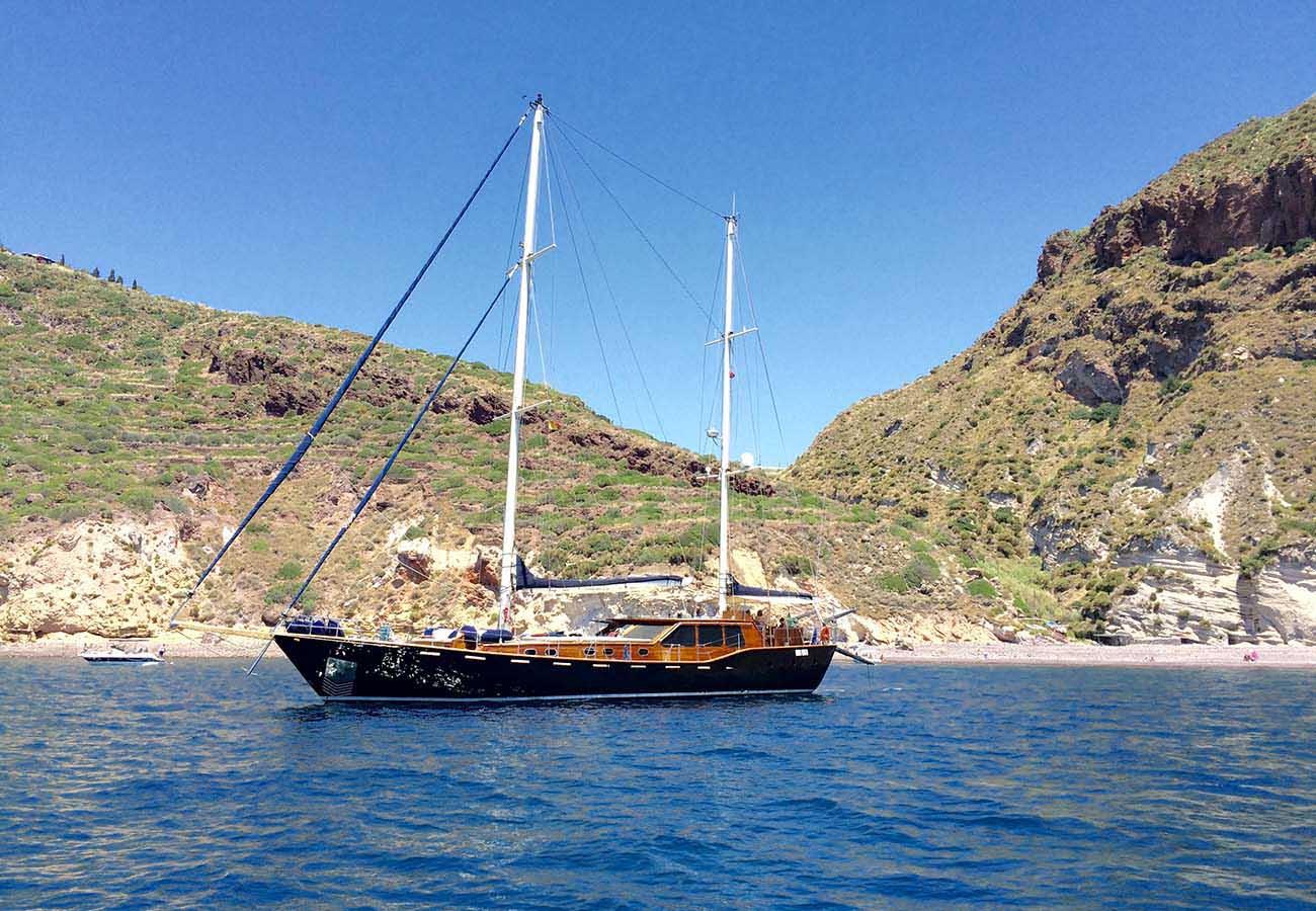 location bateau Neta Marine Ketch