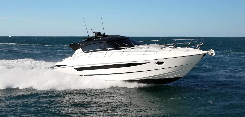 location bateau Focus Power 44 HT
