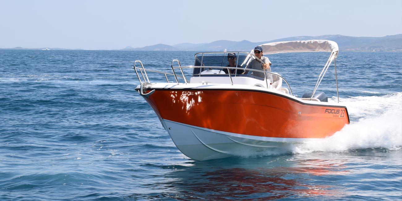 location bateau Focus SunDeck 23