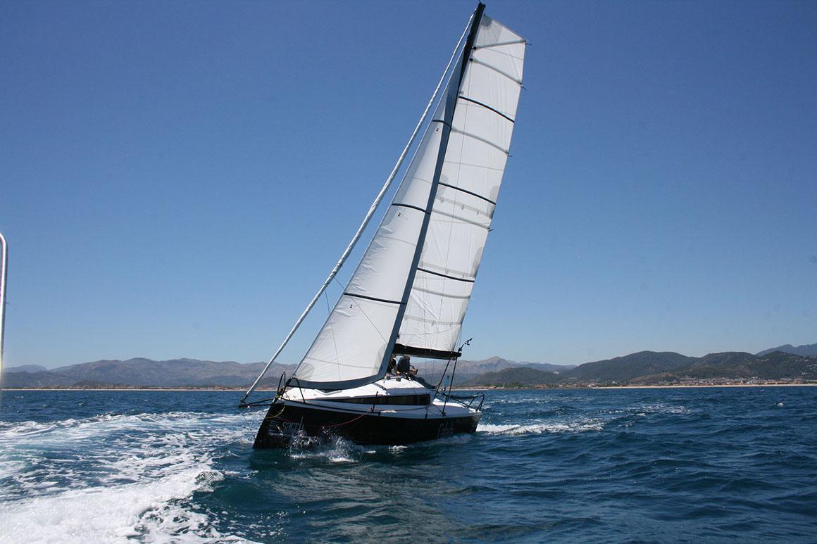 location bateau Sarch S7