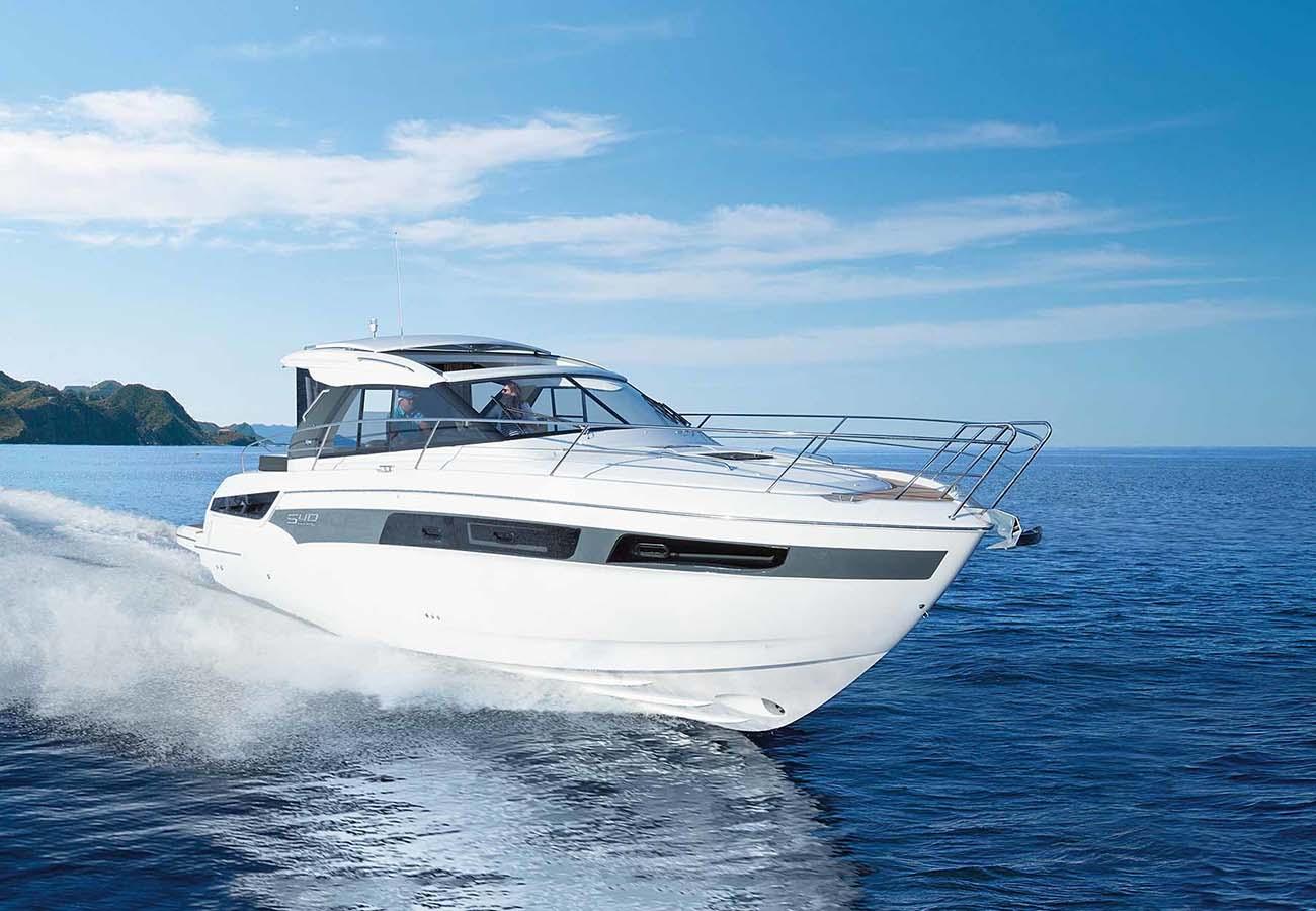 location bateau Bavaria S40 Coupe