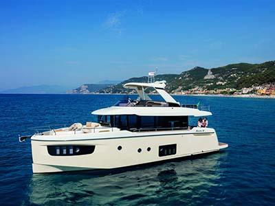 location bateau Navetta 52