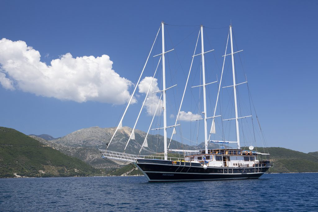 location bateau Artemis