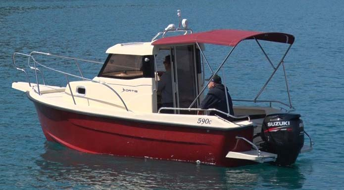 location bateau Fortis 590C