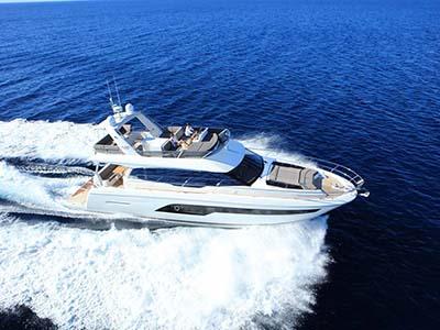 location bateau Prestige 630 Fly