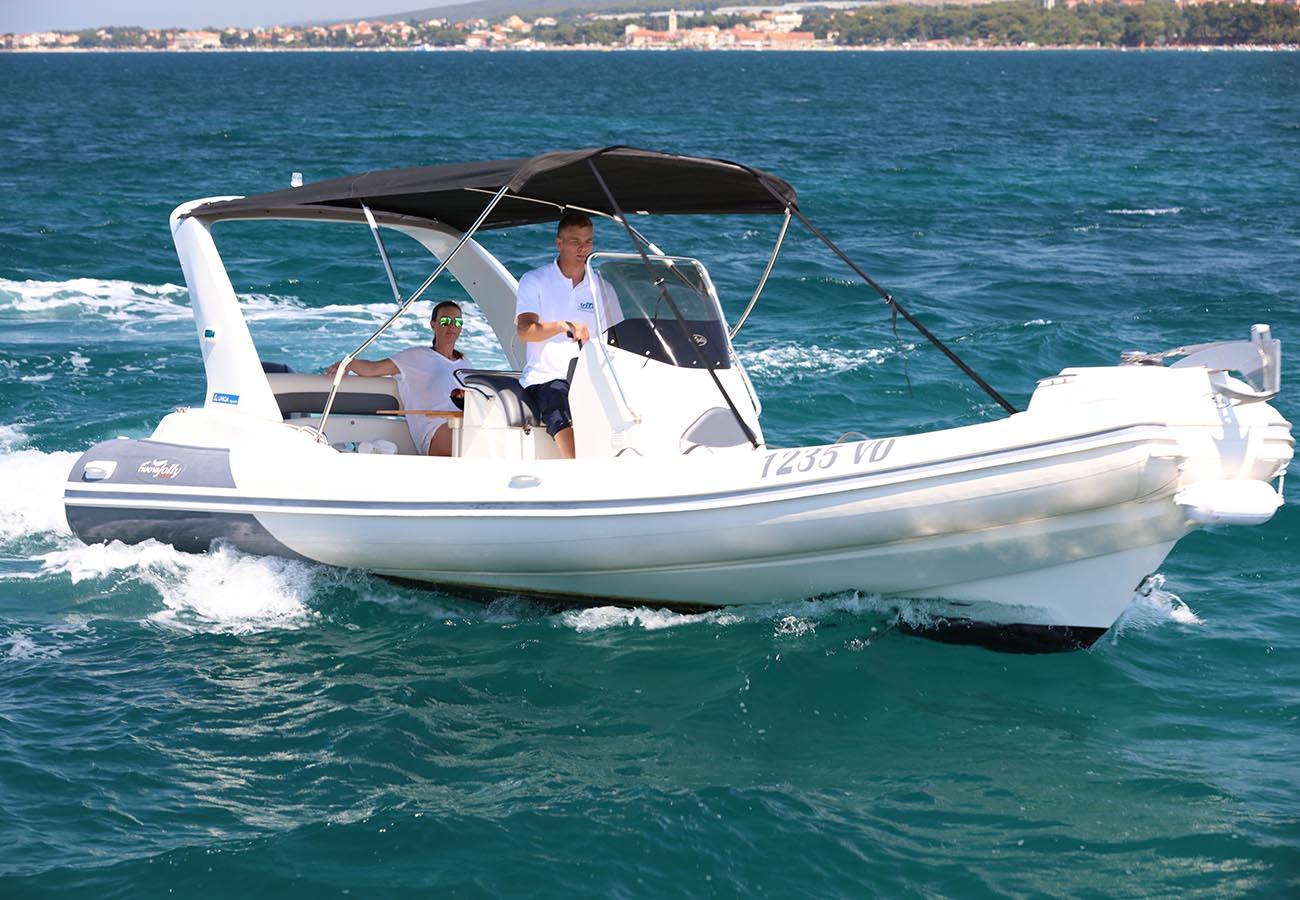 location bateau Nuova Jolly