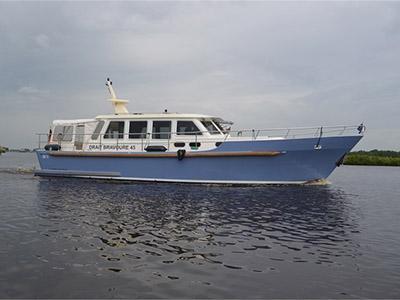 location bateau Bravoure 45