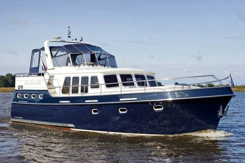 location bateau Classicline 1300