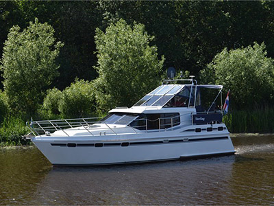 location bateau Vri-Jon Contessa 1040