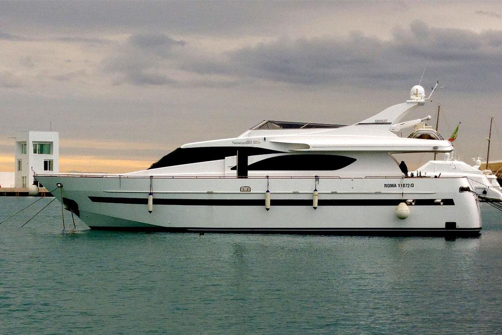 location bateau Navarcantieri P22.50