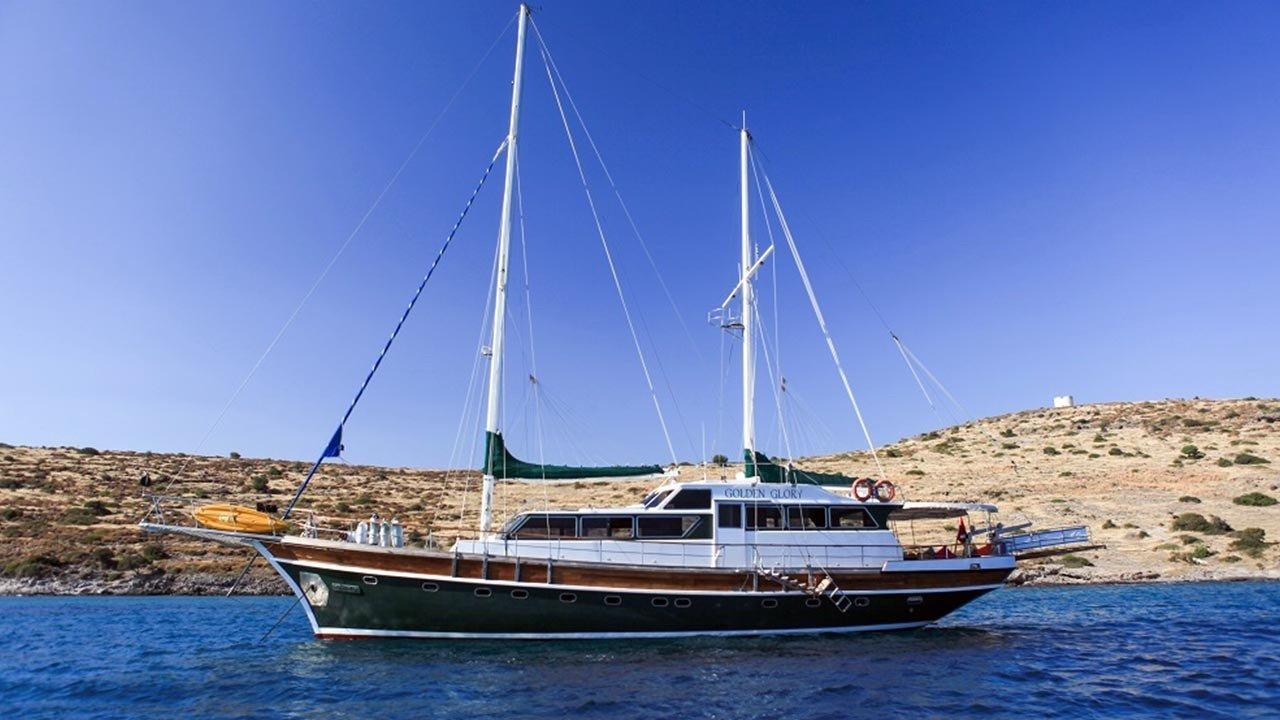 location bateau Golden Glory