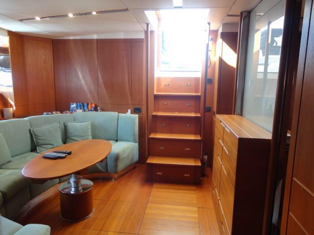 intérieur Itama 70