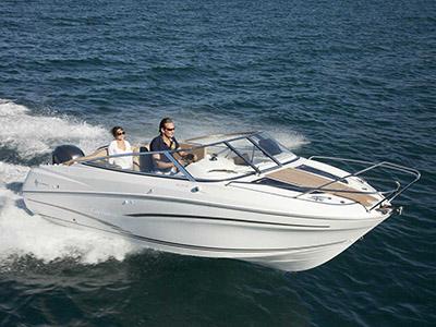 location bateau Cap Camarat 6.5 DC