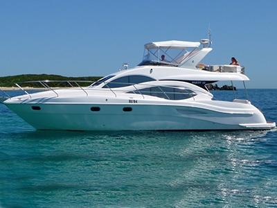 location bateau Majesty 50 Fly