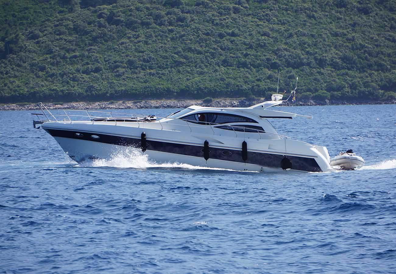 location bateau Alena 54