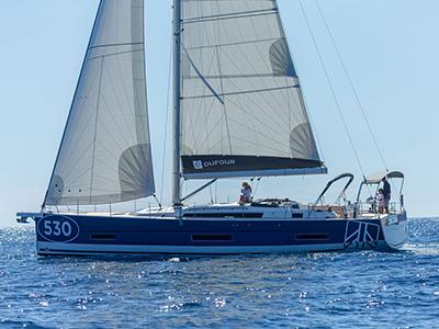 location bateau Dufour 530