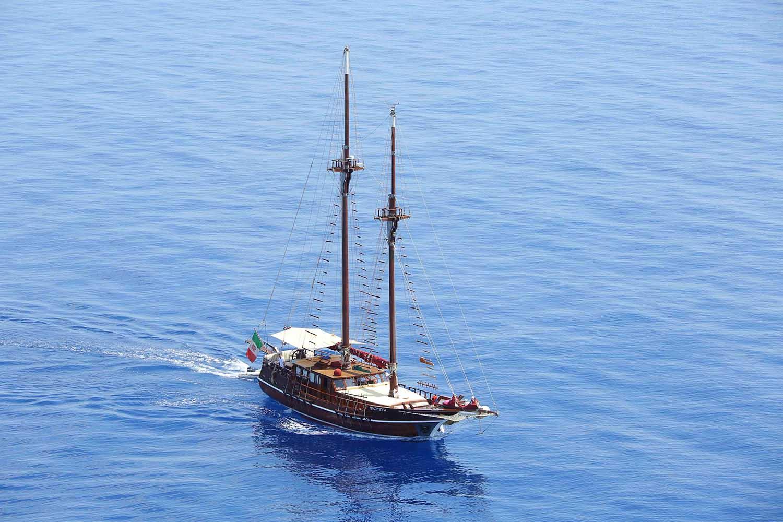 location bateau Santa Barbara