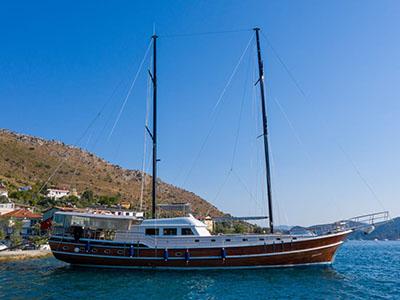 location bateau Queen Duru
