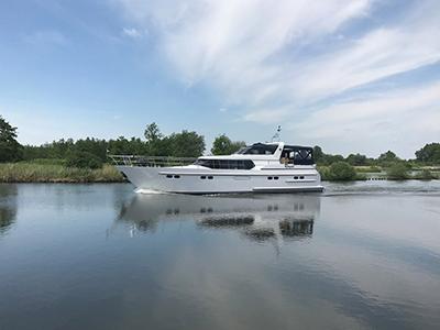 location bateau Pacific Allure 155
