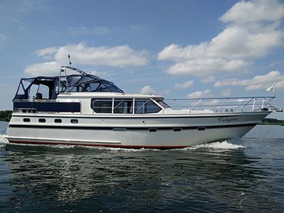 location bateau Valk Voyager 1400