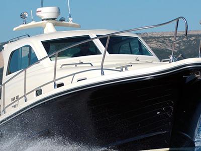 location bateau Rab 830
