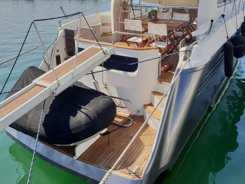 esterno Astondoa 58 GLX