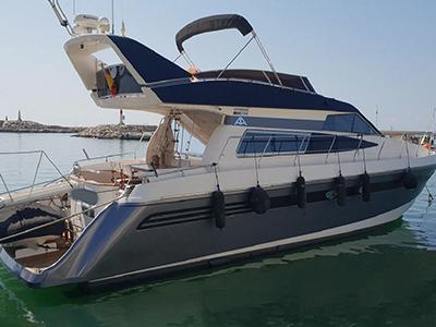location bateau Astondoa 58 GLX