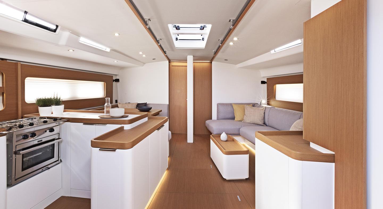 interno First Yacht 53