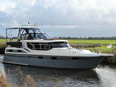 location bateau Irnzor 1220