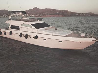location bateau Ferretti 58