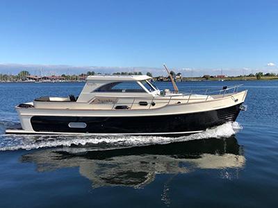 location bateau Newport Bass 34 HT