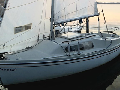 location bateau Varianta 65